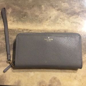 Kate Spade Grey Wallet - Matching bag available!